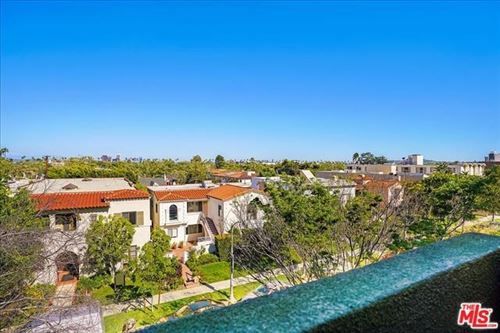 Photo of 235 S REEVES Drive #302, Beverly Hills, CA 90212 (MLS # 20570802)