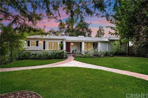 Photo of 4915 Ben Avenue, Valley Village, CA 91607 (MLS # SR20198802)