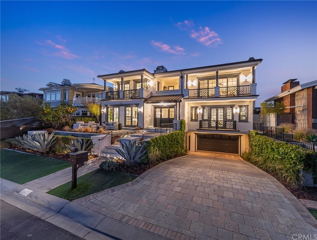 Photo of 920 Kings Road, Newport Beach, CA 92663 (MLS # NP21021802)