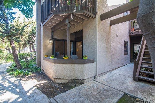2534 W Macarthur Boulevard #E, Santa Ana, CA 92704 - MLS#: NP21028803
