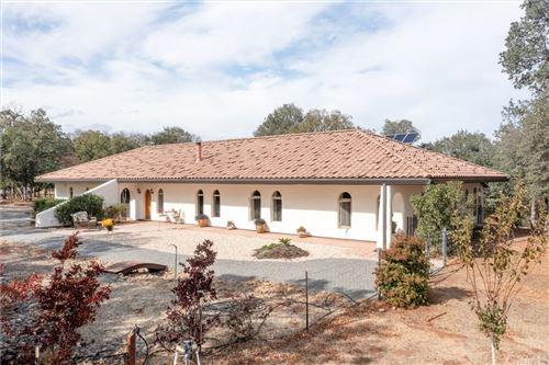 Photo of 15460 Autumn Oaks Court, Red Bluff, CA 96080 (MLS # SN21233804)
