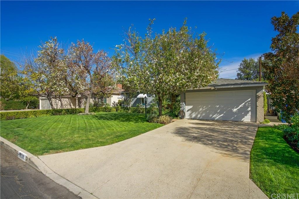 Photo of 6500 Blucher Avenue, Van Nuys, CA 91406 (MLS # SR21191804)