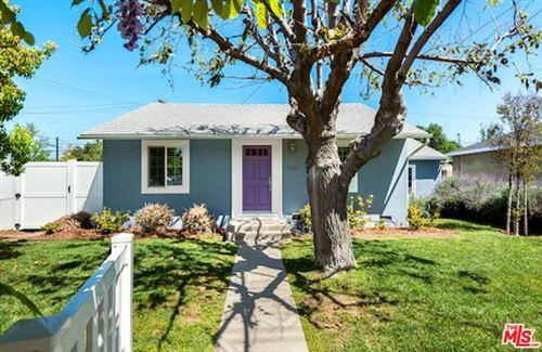 Photo of 17453 Burbank Boulevard, Encino, CA 91316 (MLS # 21718806)