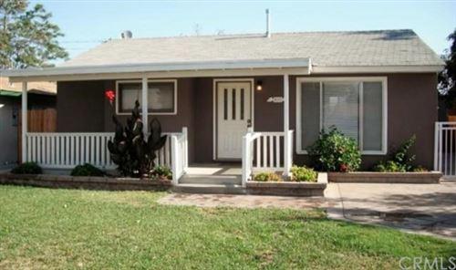Photo of 856 E Johnston Avenue, Hemet, CA 92543 (MLS # IG20221806)