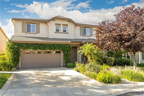Photo of 29236 Discovery Ridge Drive, Saugus, CA 91390 (MLS # SR21189807)