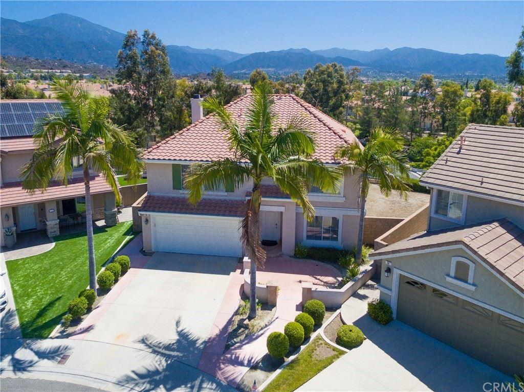 Photo of 16 Via Vison, Rancho Santa Margarita, CA 92688 (MLS # OC21121807)