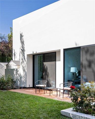 Photo of 9814 Hythe Court, Beverly Hills, CA 90210 (MLS # SR21071807)