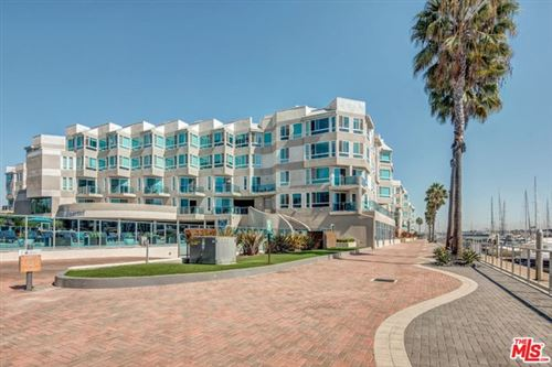 Photo of 13900 Marquesas 3231 Way #3231, Marina del Rey, CA 90292 (MLS # 19458808)