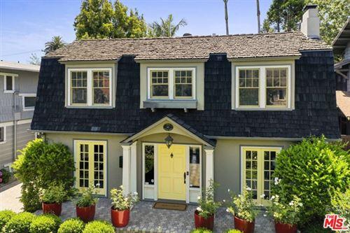 Photo of 141 Wilton Drive, Los Angeles, CA 90004 (MLS # 21754808)