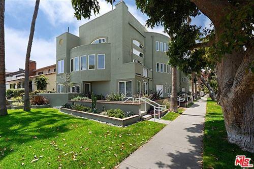 Photo of 728 Alta Avenue, Santa Monica, CA 90402 (MLS # 21766808)