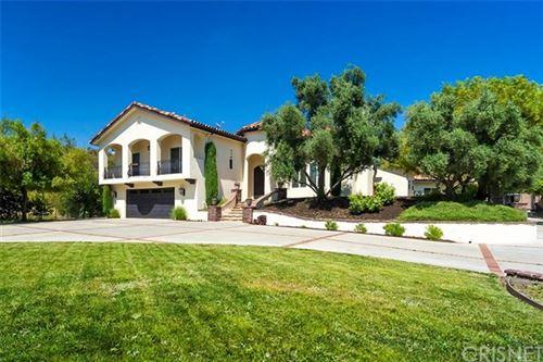 Photo of 26854 Gwenalda Lane, Canyon Country, CA 91387 (MLS # SR20117808)
