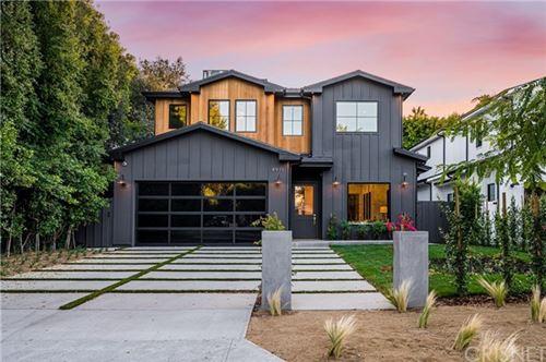 Photo of 4911 Agnes Avenue, Valley Village, CA 91607 (MLS # SR20183808)