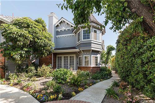Photo of 18135 Burbank Boulevard #4, Tarzana, CA 91356 (MLS # SR21085808)