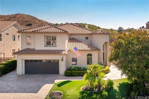 Photo of 28716 Garnet Canyon Drive, Saugus, CA 91390 (MLS # SR21198808)