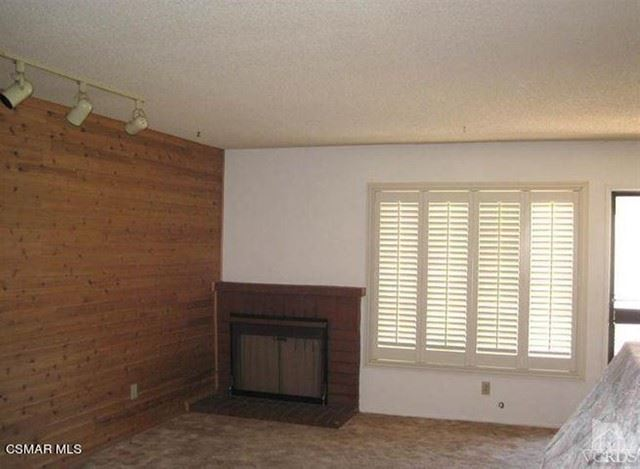 Photo of 1792 Avenida De Las Flores, Thousand Oaks, CA 91362 (MLS # 221002809)