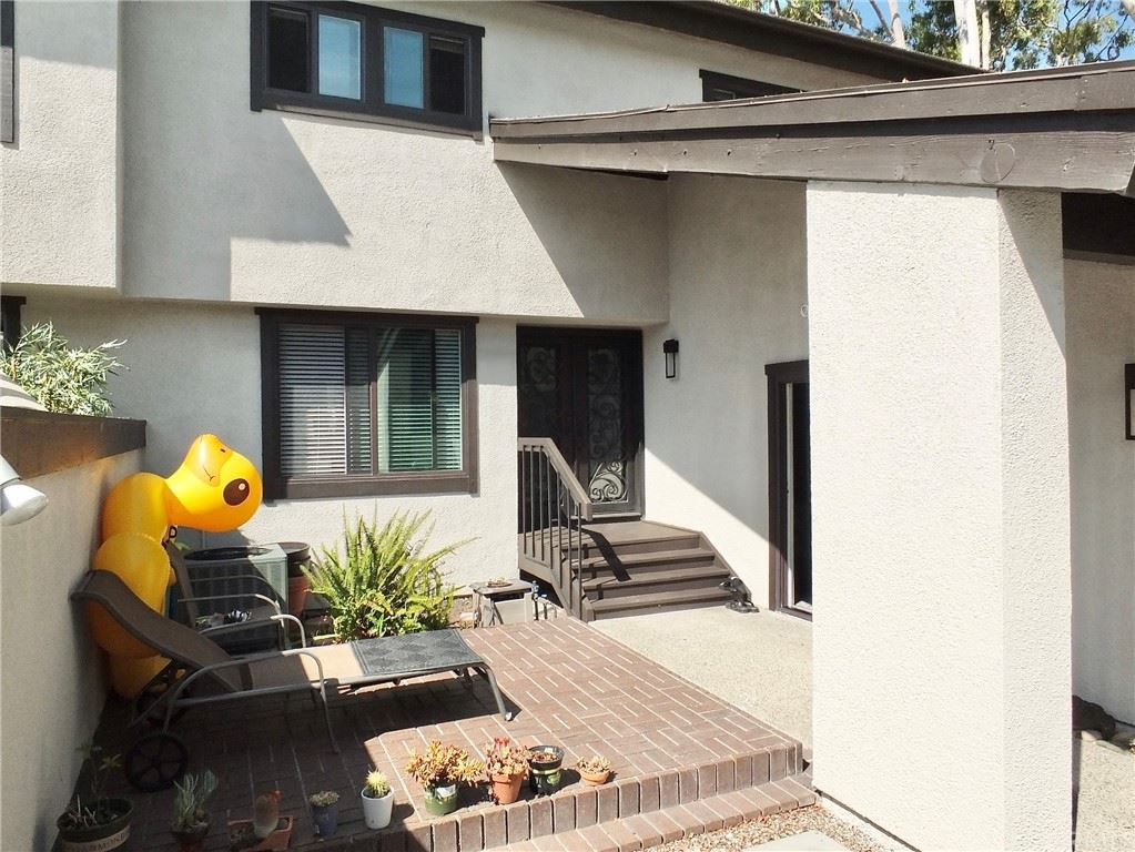 Photo of 275 Old Ranch Road #16, Seal Beach, CA 90740 (MLS # PW21162809)