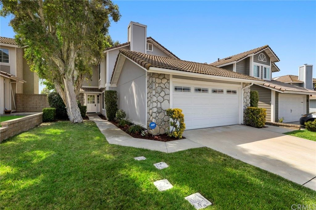 Photo of 1012 Eckenrode Way, Placentia, CA 92870 (MLS # PW21163809)