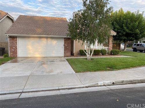 Photo of 23973 Bennington Drive, Valencia, CA 91354 (MLS # OC21178810)