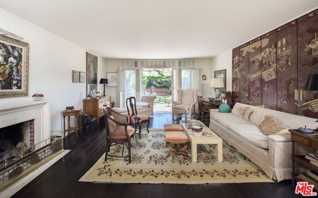 Photo of 204 S BEDFORD Drive, Beverly Hills, CA 90212 (MLS # 20577810)