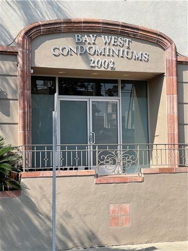 Photo of 2002 4th Street #103, Santa Monica, CA 90405 (MLS # SB21187811)