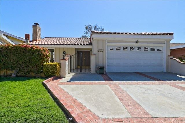 Photo of 606 Calle Vicente, San Clemente, CA 92673 (MLS # OC21096811)