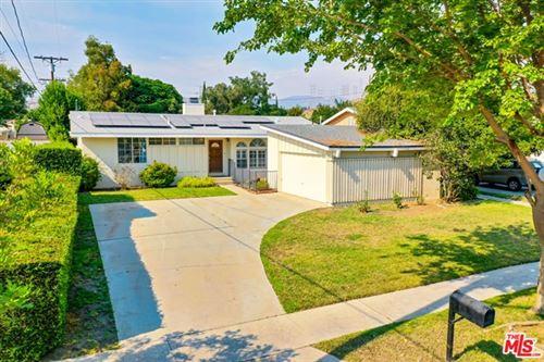 Photo of 15959 Simonds Street, Granada Hills, CA 91344 (MLS # 20620812)