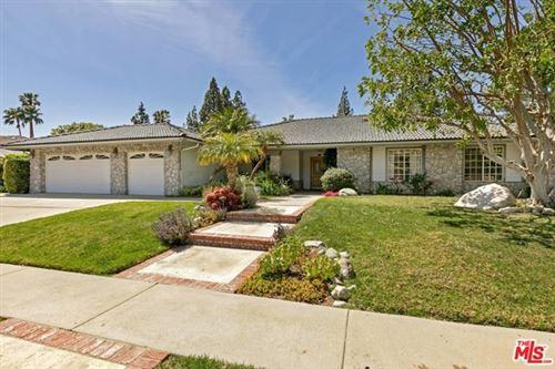 Photo of 10037 Rudnick Avenue, Chatsworth, CA 91311 (MLS # 21717812)