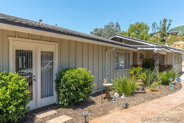 1680 Vista Grande Rd, El Cajon, CA 92019 - MLS#: 200036812