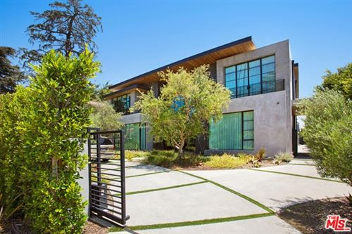 Photo of 610 Foothill Road, Beverly Hills, CA 90210 (MLS # 21747814)