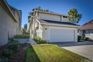 Photo of 54 Bridgeport, Irvine, CA 92620 (MLS # OC19245814)