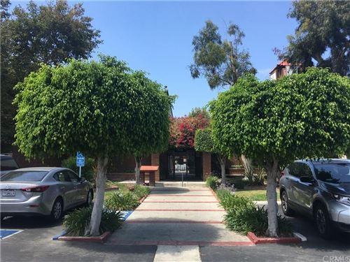 Photo of 2511 W Sunflower Avenue #J2, Santa Ana, CA 92704 (MLS # OC21157814)