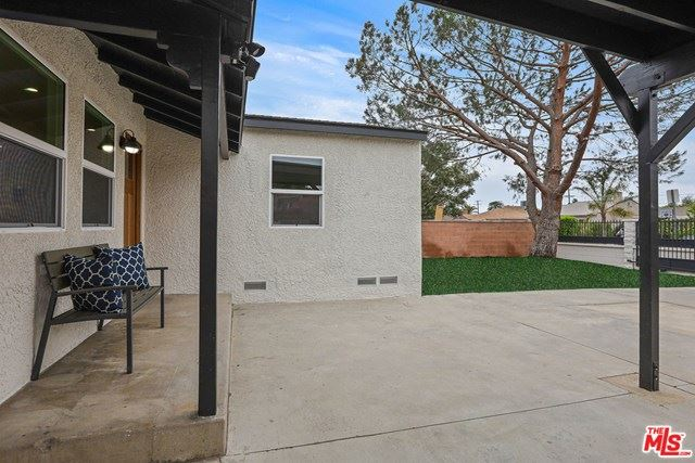 Photo of 7522 Beck Avenue, North Hollywood, CA 91605 (MLS # 21722814)