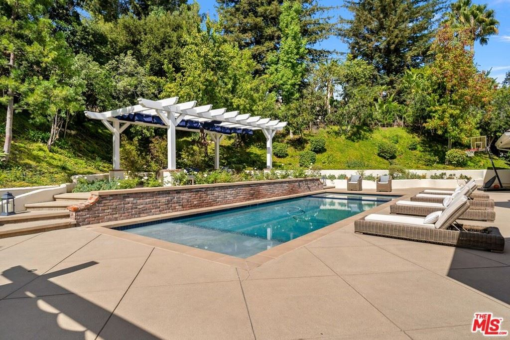Photo of 1479 Aldercreek Place, Westlake Village, CA 91362 (MLS # 21795814)