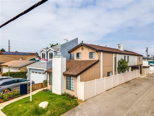 Photo of 221 Memphis Avenue, Huntington Beach, CA 92648 (MLS # OC21110815)