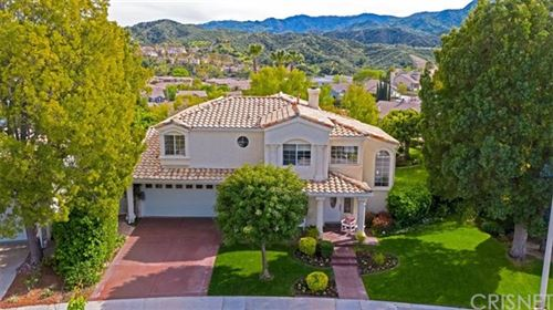 Photo of 25318 BOWIE Court, Stevenson Ranch, CA 91381 (MLS # SR20067815)