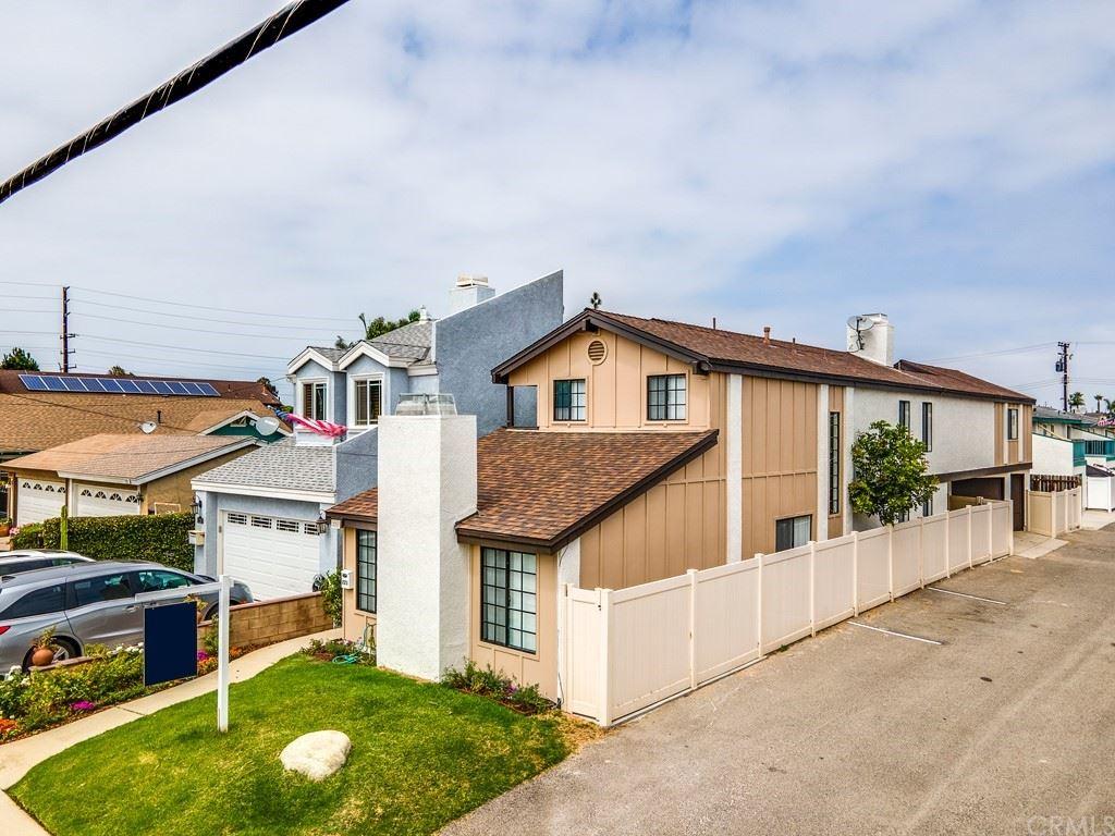 221 Memphis Avenue, Huntington Beach, CA 92648 - MLS#: OC21110815