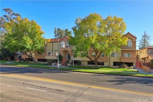 Photo of 11306 Moorpark Street #4, Studio City, CA 91602 (MLS # BB21043816)