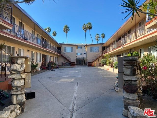 Photo of 3939 Nicolet Avenue, Los Angeles, CA 90008 (MLS # 20665816)