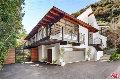 Photo of 3489 MANDEVILLE CANYON Road, Los Angeles, CA 90049 (MLS # 21697818)