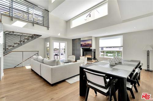 Photo of 2432 7Th Street #1, Santa Monica, CA 90405 (MLS # 21747818)