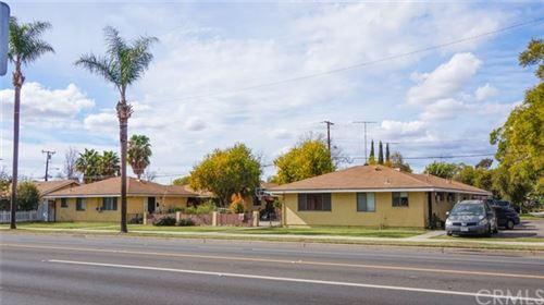 Photo of 2250 N Bristol Street, Santa Ana, CA 92706 (MLS # OC21034818)