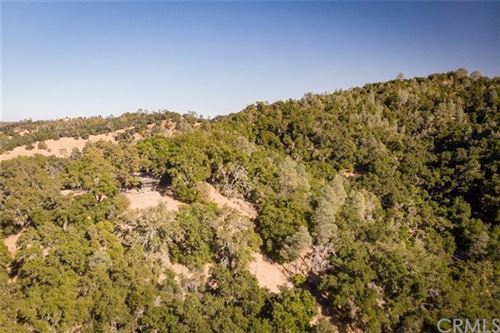 Photo of 8600 Fawn Lane, Paso Robles, CA 93446 (MLS # SP20029818)