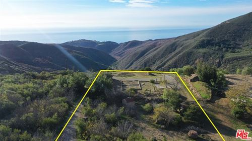 Photo of 1495 BARRYMORE Drive, Malibu, CA 90265 (MLS # 21753820)