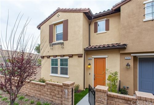 Photo of 28745 Jardineras Drive, Valencia, CA 91354 (MLS # SR20059820)