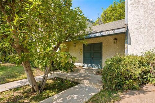 Photo of 17155 Chatsworth #7, Granada Hills, CA 91344 (MLS # SR20221821)