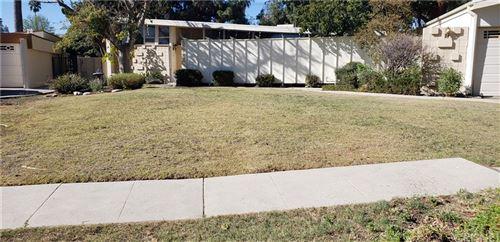 Photo of 18425 Minnehaha Street, Northridge, CA 91326 (MLS # SR21205821)