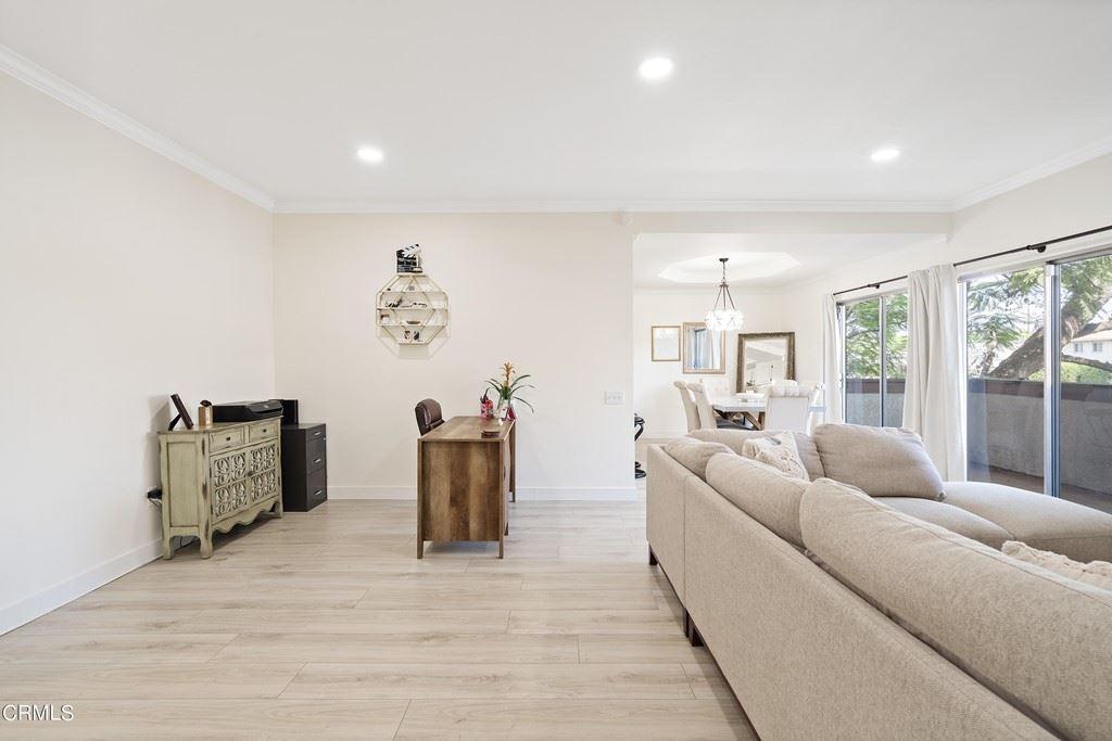 14348 Burbank Boulevard #3, Sherman Oaks, CA 91401 - MLS#: V1-7821