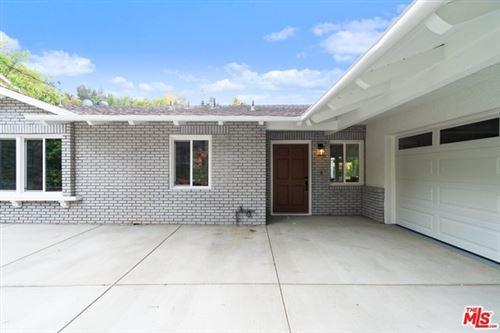 Photo of 3483 Woodcliff Road, Sherman Oaks, CA 91403 (MLS # 20662822)
