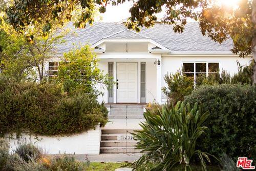 Photo of 523 N Arden Boulevard, Los Angeles, CA 90004 (MLS # 21728822)