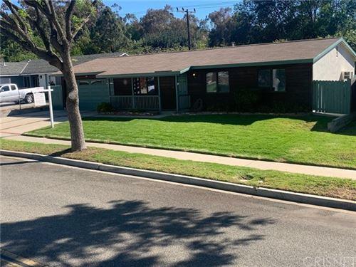 Photo of 865 Appleton Road, Simi Valley, CA 93065 (MLS # SR21127822)